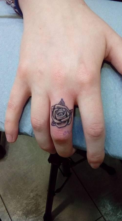 Babylone Tattoo Piercing Sallon De Tatouage Et Piercing Seclin Lille