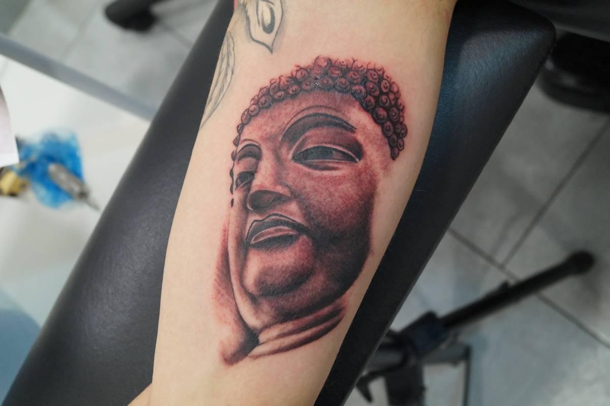 realisme-portrait-bouddha-3