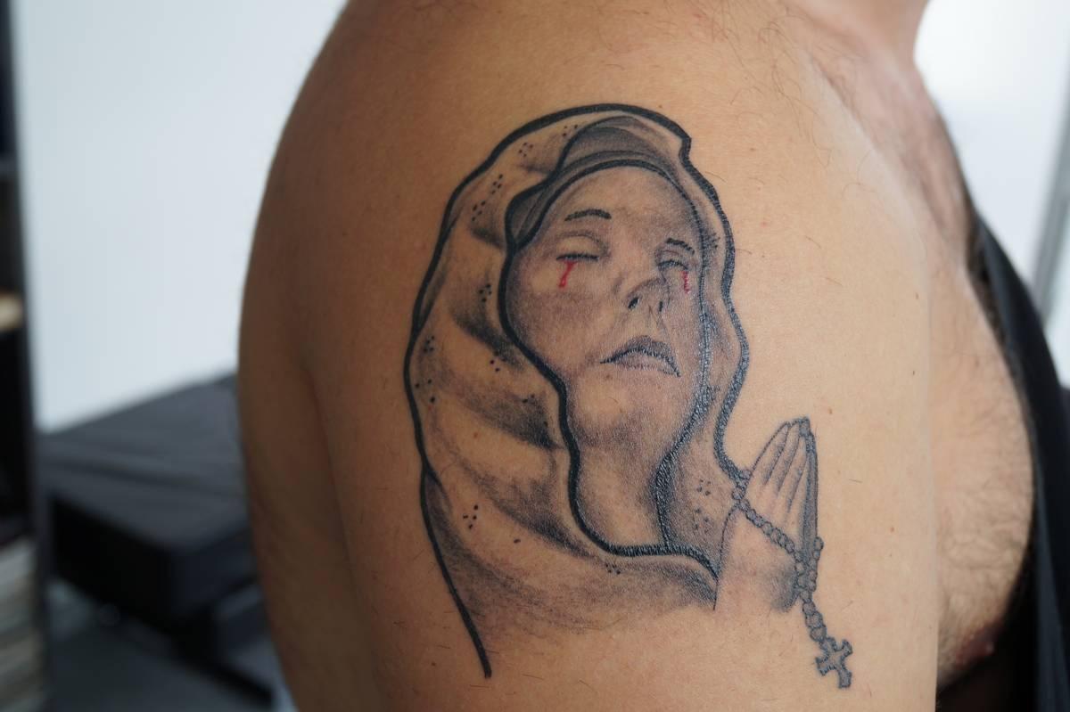 realisme-tete-de-femme-st-vierge-marie-10