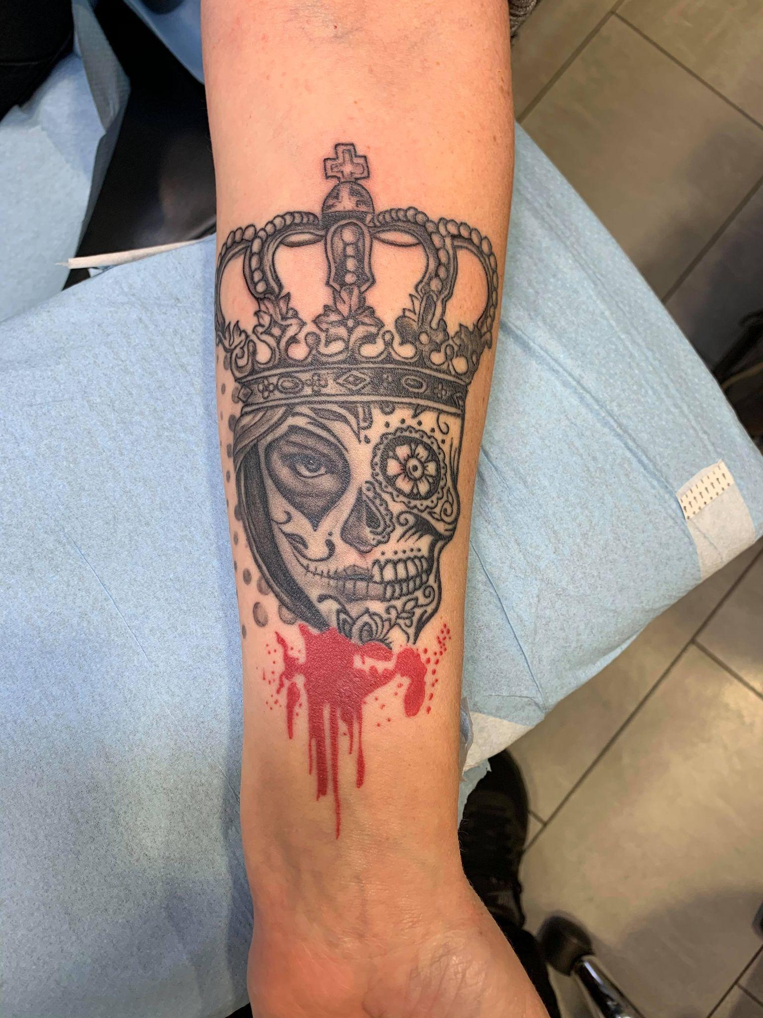 tatouage babylone tattoo realiste noir ombrage tete mexicaine tete de femme portrait catherina tete de mort couronne 142